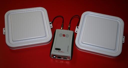 RED.MRU80.FLY-E Reader RFID UHF Ethernet RedWave SmartFly con multiplexer rfid e Antenne 17 x 17 cm.