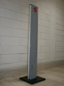 RED.STU102-FLY Slim Totem RFID UHF RedWave Smart. Controllo accessi RFID. Interfacce: Ethernet - Wi-Fi - GSM/GPRS
